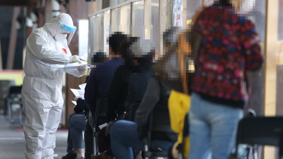 한국, 100만명당 확진 110위·사망 112위·백신접종률 63위