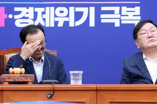 """이해찬 """"통렬한 사과…서울시에서 경위 밝혀달라""""...첫 직접 사과"""