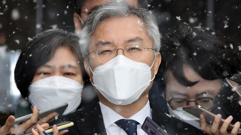 법원, 최강욱 '의원직 상실형' 선고··· 열린민주당 의원들 '반발'